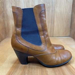 Born Boots Size 7.5